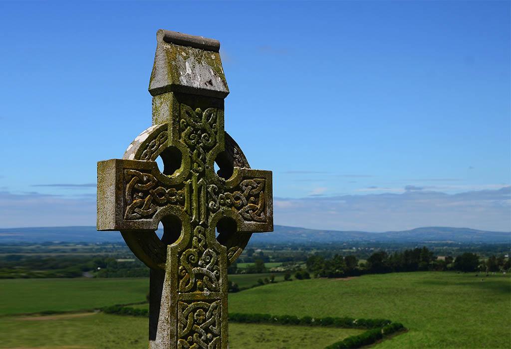 Расклад «Кельтский крест»: описание и пример