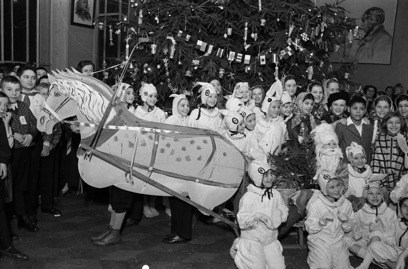 Как отметить Рождество: история, традиции и обычаи